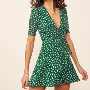 NWT Reformation Lucky Chive Floral Wrap Dress S